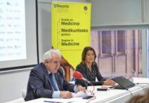 El rector José María Guibert y la vicerrectora Elena Auzmendi durante la presentación del grado | Universidad de Deusto